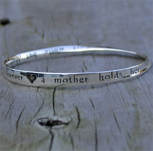 A Mother's Heart Mobius Bracelet